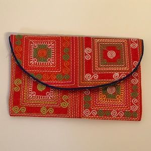 Handbags - *FREE WITH $25+ PURCHASE* Clutch or Makeup Bag